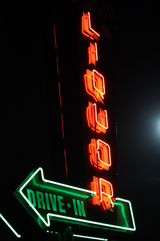 neon2_liquor